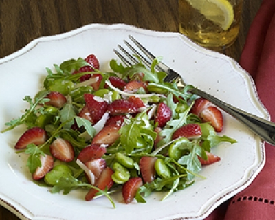 "California Strawberry Commission Seeks ""Berry"" Good Dishes from Restaurants"
